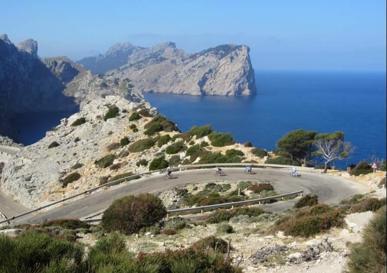 Cap de fomentor mondo bike tours