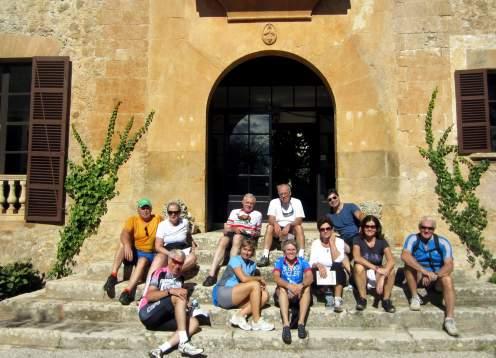 Group shot mallorca mondo bike tours
