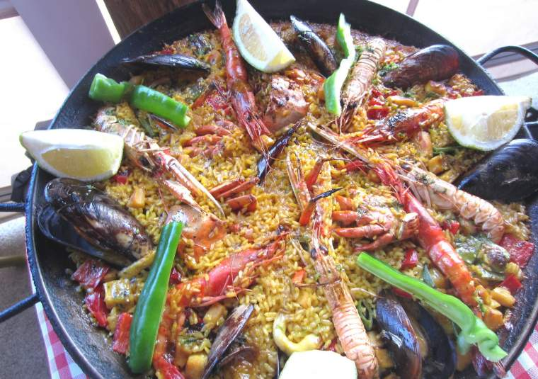 Paella customwalks tours