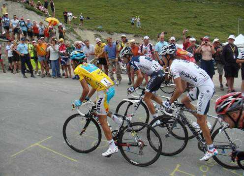 Bikers yellow jersey