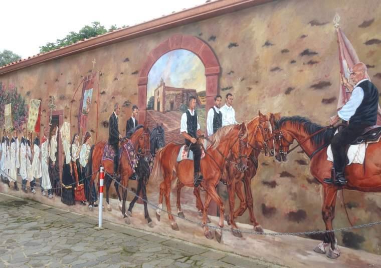 22 sardinian murals mondo bike tours